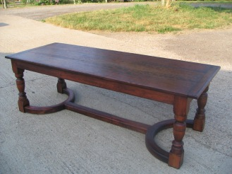 traditional-table